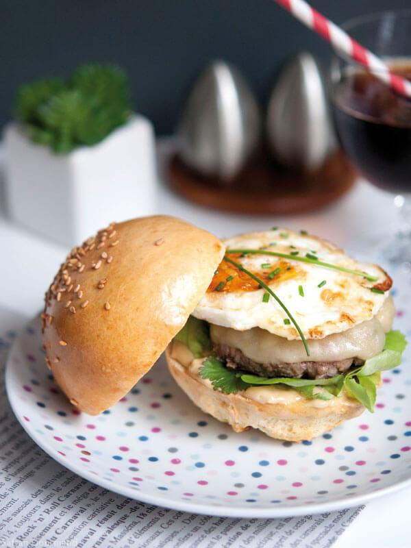 "Hamburger ""Madame"" : 100% Maison"