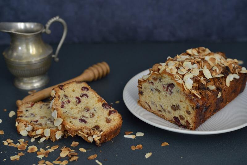 cake-aux-fruits-secs-et-au-miel